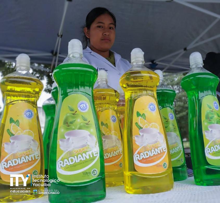 Estudiantes de Química Industrial en San José de Pocitos sorprenden por la calidad de sus productos