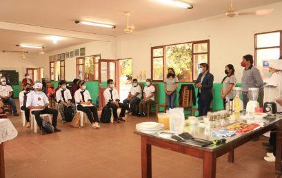 1 curso de capacitación en Villamontes.